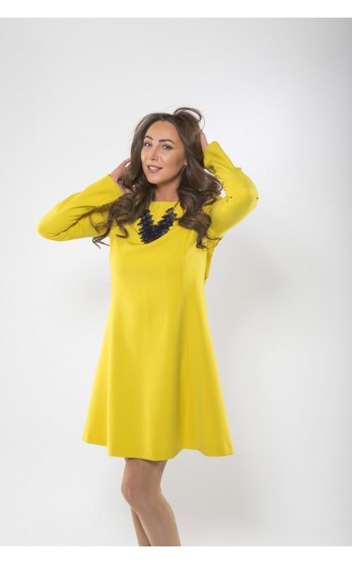 Платье А-силуэта желтое
