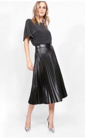 Романтичная и дерзкая юбка-плиссе