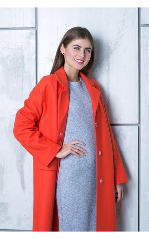 Яркое пальто для создания эффектного образа