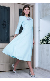 Небесно-голубое платье