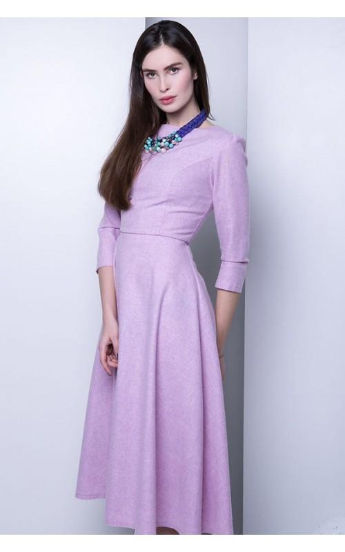 Шерстяное платье нежно фиалкового оттенка