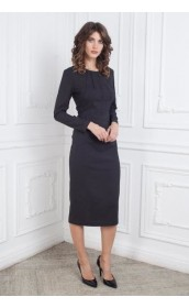 Платье футляр с защипами