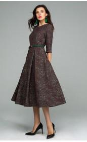 Платье со складками на юбке