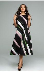 Платье расклешенное с диоганальным рисунком