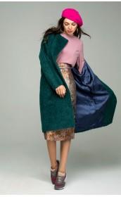 Пальто из мохера с цельнокроенными рукавами