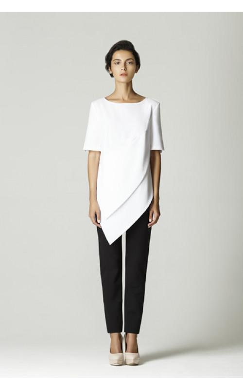Блуза белая с лепестками pallari